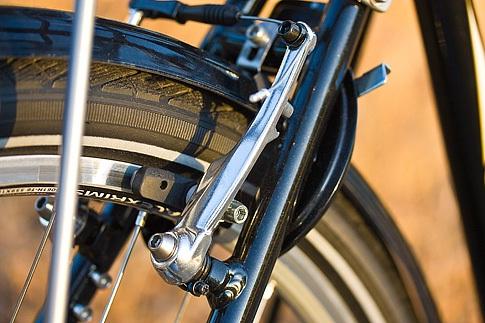 Linear-pull Brake (V-Brake)