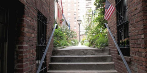 Rumah Rahasia di Upper West Side